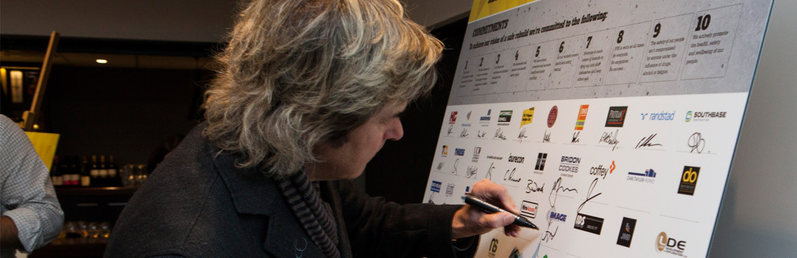 Image Construction's Graeme Hartnell signing the Satefy Charter